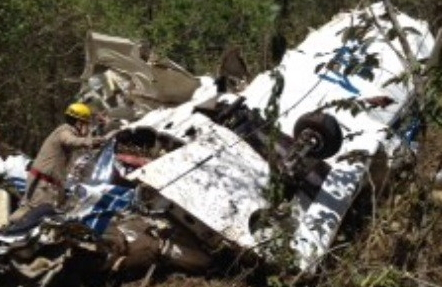 Plane crashes and Five Die in Caldas Novas