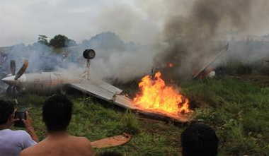 Bolivian Plane Crashes, Killing , Passenger Manifest