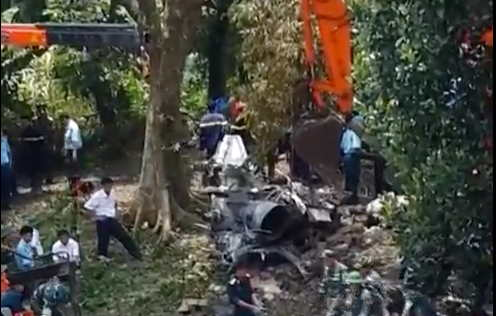 Crash Helicopter Crashes Killing 19 in Flames in Vietnam