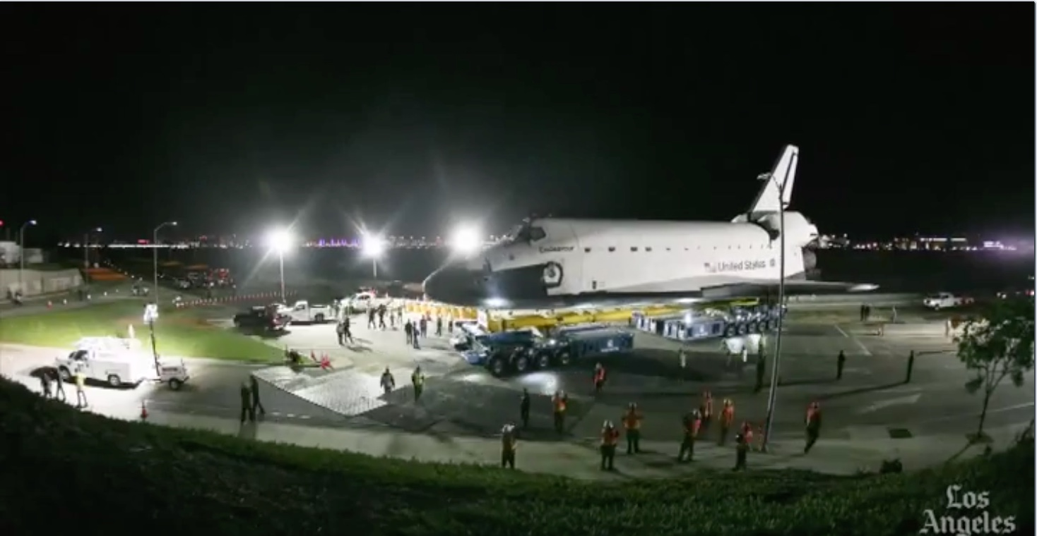 Space Shuttle Endeavour Time Lapse trek across LA